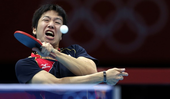 japanese playing table tennis 1